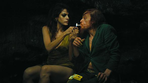 Holy Motors3